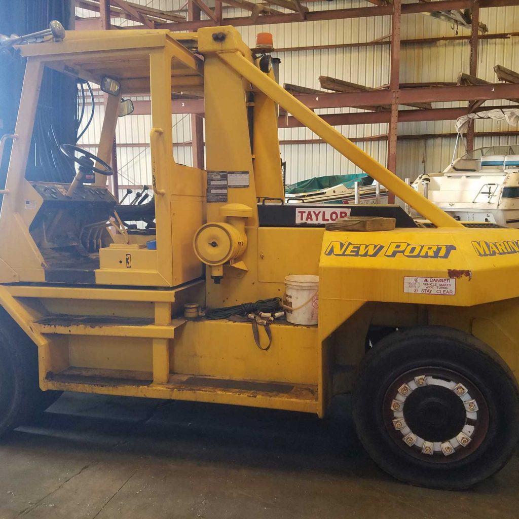 Used 1993 4-Stage Marine Forklift For Sale